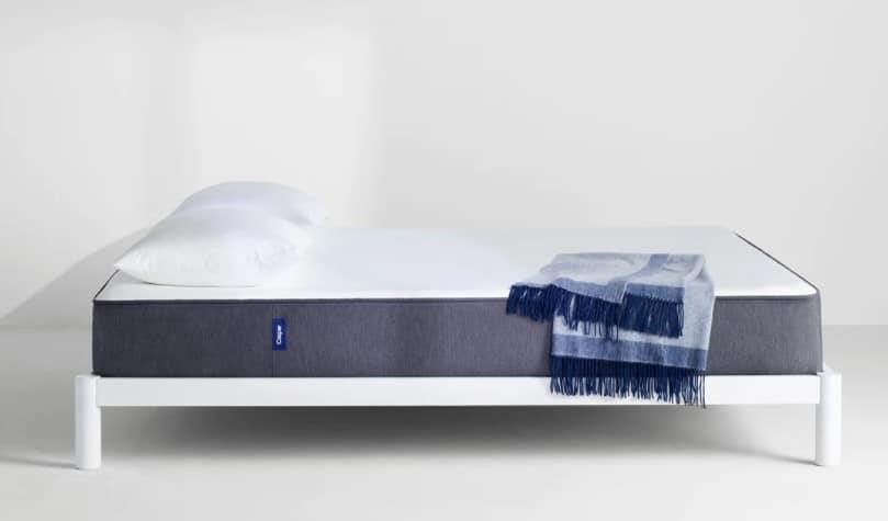 comparatif matelas universel 2018 avis prix et test des matelas uniques. Black Bedroom Furniture Sets. Home Design Ideas
