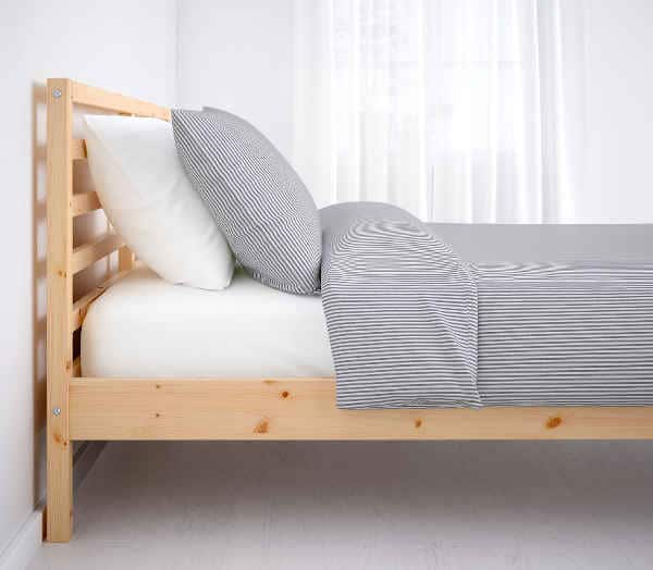 Lit Ikea Tarva